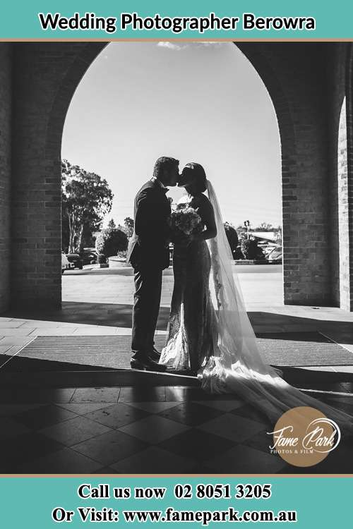 Photo of the Groom and the Bride kissing Berowra NSW 2081