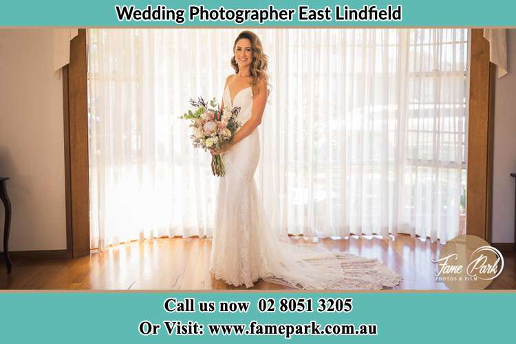 Photo of the Bride holding bouquet of flower East Lindfield NSW 2070