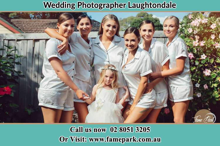 Photo of the Bride and the bridesmaids with the flower girl Laughtondale NSW 2775